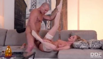 Mom Chanel Preston gets her love tunnels drilled in 3way
